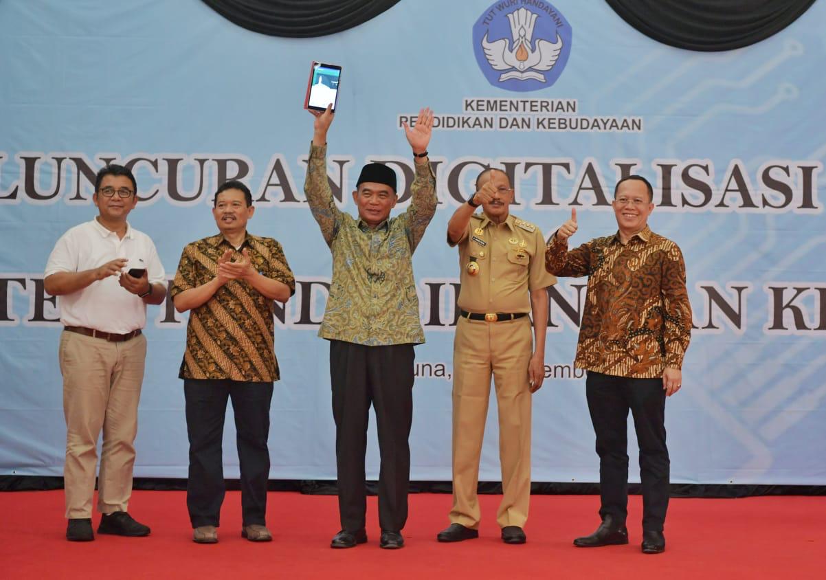 Mendikbud Luncurkan Program Digitalisasi Sekolah di Kabupaten Natuna